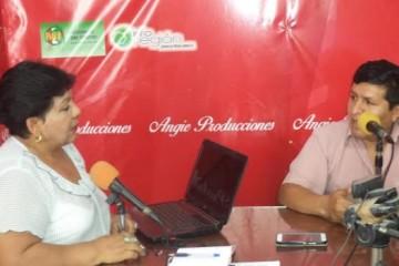 edinov-anchagua-angelica-reyes-programa-dialogando-con-el-pueblo2-617x351