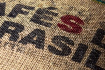 Exportaciones de café brasileño caen 11% en marzo